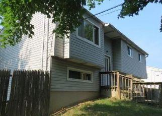 Casa en Remate en Bay Shore 11706 MASSACHUSETTS AVE - Identificador: 4290811703