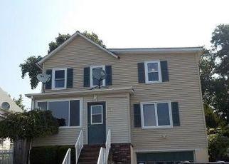 Casa en Remate en Sayreville 08872 EMBROIDERY ST - Identificador: 4293142146