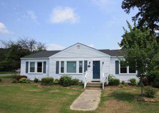 Casa en Remate en Clinton 28328 FULTON ST - Identificador: 4295621976