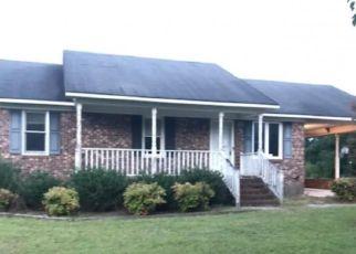 Casa en Remate en Benson 27504 GOOSE HOLE RD - Identificador: 4295633350