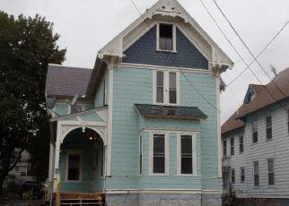 Casa en Remate en Lowell 01851 WALKER ST - Identificador: 4297834161