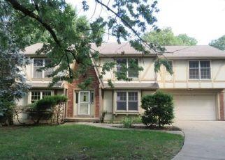 Casa en Remate en Overland Park 66214 W 100TH ST - Identificador: 4298725447
