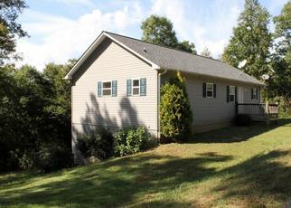 Casa en Remate en Warne 28909 WESLEY LN - Identificador: 4299108228