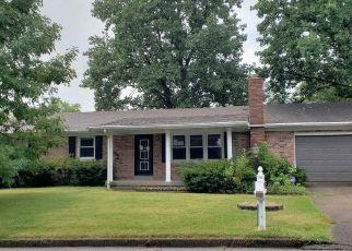 Casa en Remate en Mount Vernon 47620 LAWRENCE DR - Identificador: 4301700608