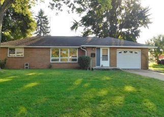 Casa en Remate en Columbus 47201 FOREST DR - Identificador: 4301702804