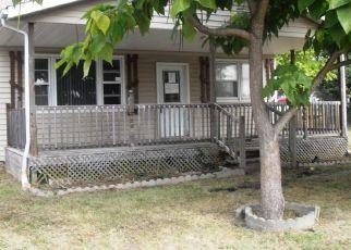 Casa en Remate en Pocahontas 62275 W KAVANAUGH ST - Identificador: 4301972590