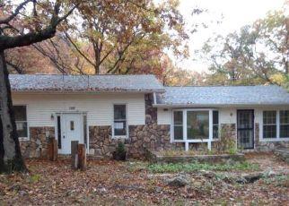 Casa en Remate en Rocky Mount 65072 JADE RD - Identificador: 4304134426