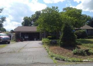 Casa en Remate en Milford 08848 MCENTEE RD - Identificador: 4304686723