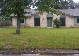 Casa en Remate en Clute 77531 JASMINE ST - Identificador: 4304877223