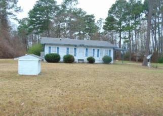 Casa en Remate en Mount Olive 28365 THUNDER SWAMP RD - Identificador: 4305486899
