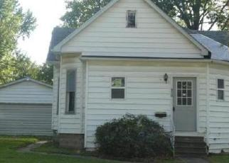 Casa en Remate en Nokomis 62075 S MAPLE ST - Identificador: 4305494334