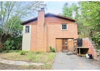 Casa en Remate en Green Mountain 28740 BUTTERFLY ALY - Identificador: 4306165758