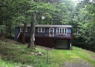 Casa en Remate en Greentown 18426 FAWNWOOD CIR - Identificador: 4306310276