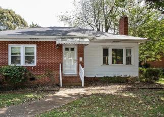 Casa en Remate en Lexington 27292 FAIRVIEW DR - Identificador: 4307969322