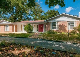 Casa en Remate en Chesterfield 63017 LADUE RD - Identificador: 4309446617