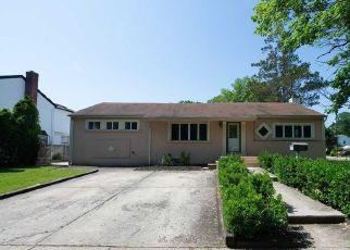 Casa en Remate en Malverne 11565 DOLORES PL - Identificador: 4310252487