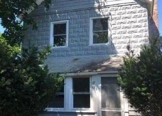 Casa en Remate en Patchogue 11772 HEDGES AVE - Identificador: 4311917216