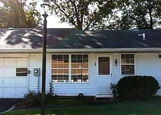 Casa en Remate en Ridge 11961 WOODBRIDGE DR - Identificador: 4311939563