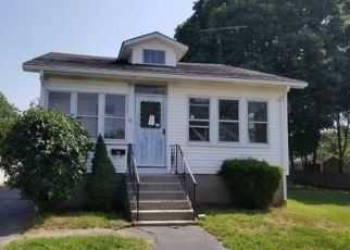Casa en Remate en Riverside 02915 ELDER AVE - Identificador: 4312176957
