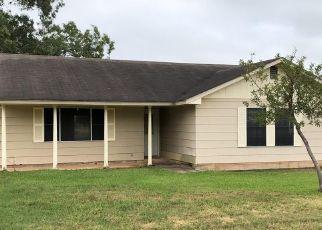 Casa en Remate en Hebbronville 78361 E CLAYTON ST - Identificador: 4312896986