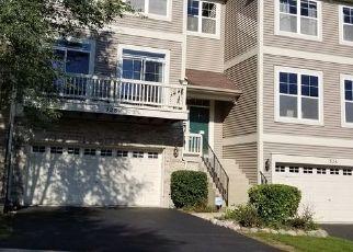 Casa en Remate en South Elgin 60177 HICKORY LN - Identificador: 4312998136