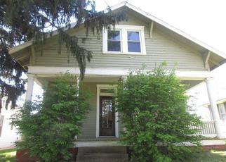 Casa en Remate en Mount Carmel 62863 N MARKET ST - Identificador: 4313376555