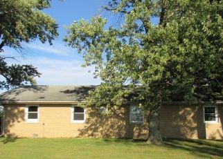 Casa en Remate en Watseka 60970 N 2000 EAST RD - Identificador: 4313400195