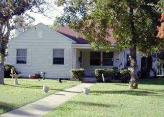 Casa en Remate en Lockhart 78644 MAPLE ST - Identificador: 4315242767