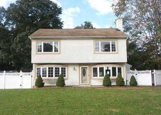 Casa en Remate en Pompton Lakes 07442 SPRUCE RD - Identificador: 4316277697
