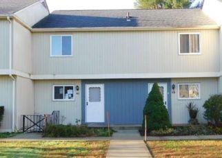 Casa en Remate en East Granby 06026 SEYMOUR RD - Identificador: 4319900169