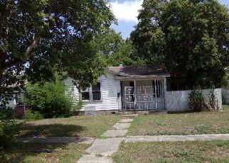 Casa en Remate en San Antonio 78214 E DICKSON AVE - Identificador: 4320426172