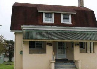 Casa en Remate en Irwin 15642 8TH ST - Identificador: 4323138559