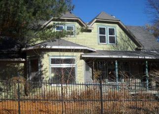 Casa en Remate en El Dorado Springs 64744 E SPRING ST - Identificador: 4323610695