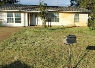 Casa en Remate en Dilley 78017 W HARRIS ST - Identificador: 4324217727