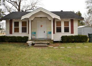 Casa en Remate en Beaumont 77707 MCLEAN ST - Identificador: 4324250580