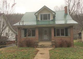 Casa en Remate en Clendenin 25045 MAYWOOD AVE E - Identificador: 4325444937