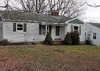 Casa en Remate en Shelbyville 40065 WEBBMONT CIR - Identificador: 4326158832