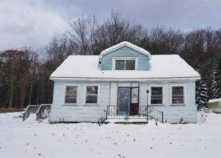 Casa en Remate en Lakeville 18438 LAKESHORE DR - Identificador: 4326199105