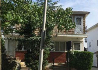 Casa en Remate en Staten Island 10312 BLUEBERRY LN - Identificador: 4326624390