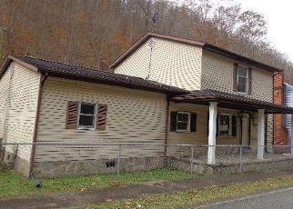 Casa en Remate en Pinsonfork 41555 POND CREEK RD - Identificador: 4327286610