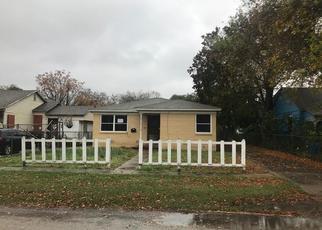 Casa en Remate en Robstown 78380 W AVENUE F - Identificador: 4327826635