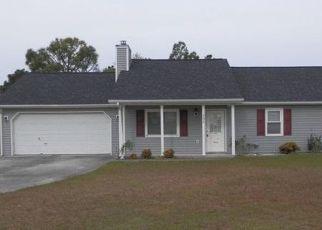 Casa en Remate en Hubert 28539 FOXTRACE LN - Identificador: 4328094225