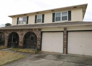 Casa en Remate en Harvey 70058 SPANISH OAKS DR - Identificador: 4328717921