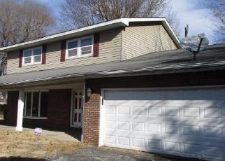 Casa en Remate en East Saint Louis 62206 MARSEILLES DR - Identificador: 4328746373