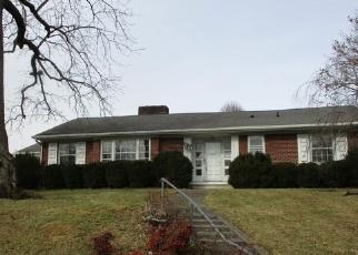 Casa en Remate en Pulaski 24301 OAKLAND DR - Identificador: 4328947402