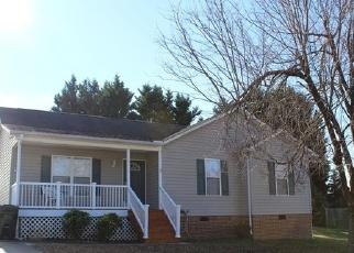 Casa en Remate en Thomasville 27360 SKYE TRL - Identificador: 4329011794