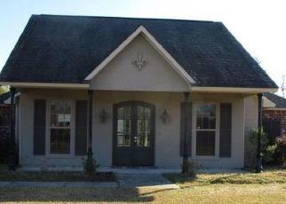 Casa en Remate en Port Allen 70767 ESPERANZA DR - Identificador: 4334244253