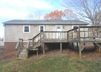 Casa en Remate en Winston Salem 27105 WOODSBORO LN - Identificador: 4338906944