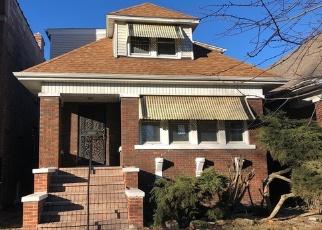 Casa en Remate en Chicago 60651 N LONG AVE - Identificador: 4339996617