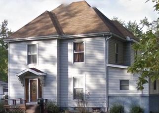 Casa en Remate en Centralia 62801 N HIGH ST - Identificador: 4341061772